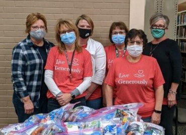 Thrivent Financial and Dakota College Provide Care Packs