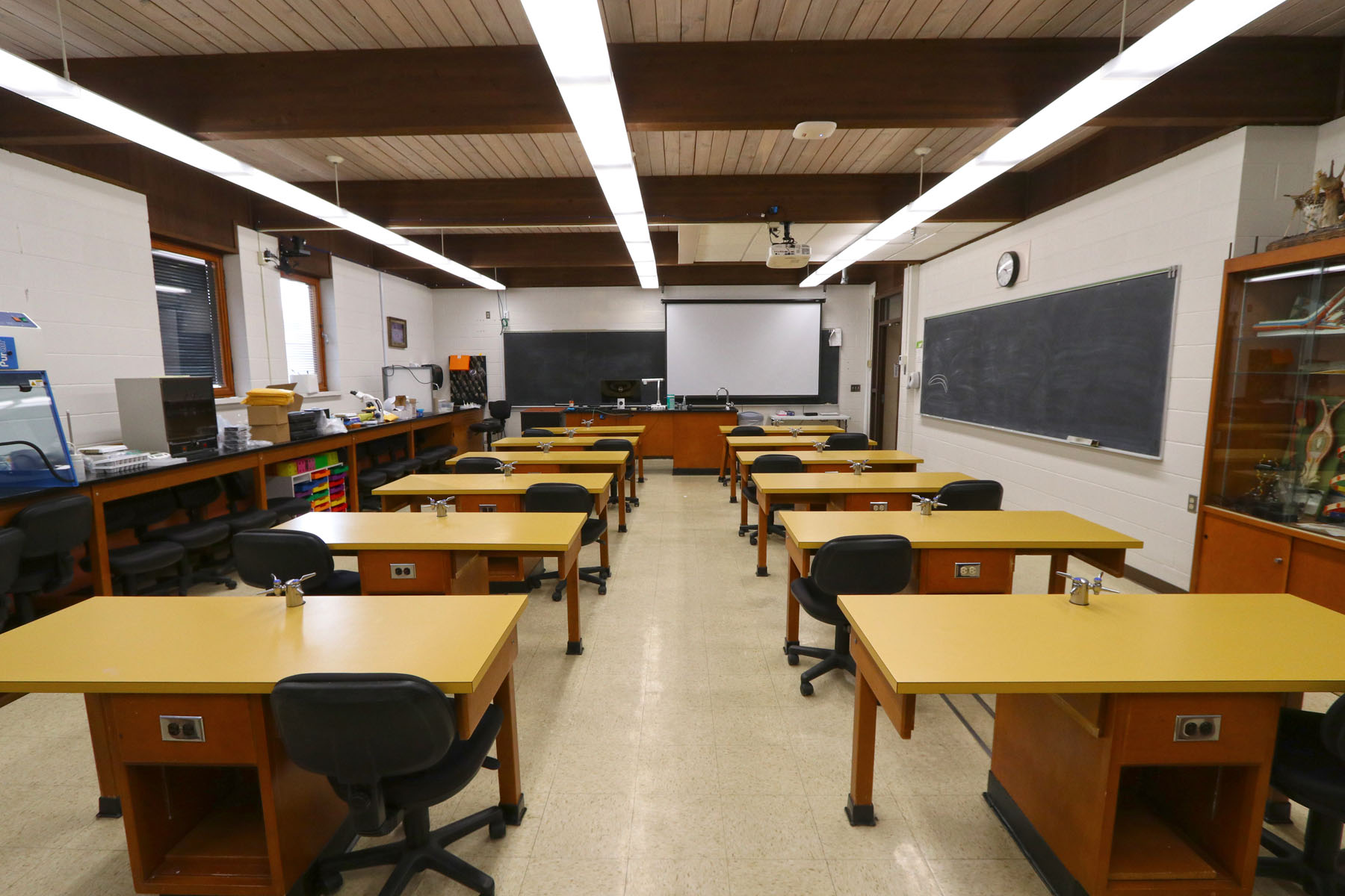 NSC Lab Room